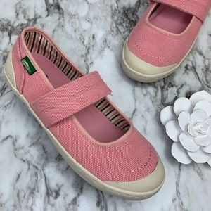 Simple Cactus Mary Jane pink canvas sneaker 8